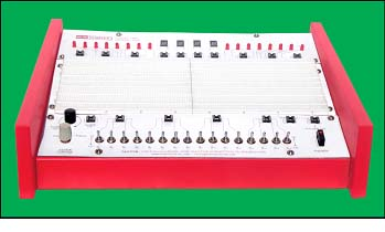 Logic Lab Model 845 - Four breadboard